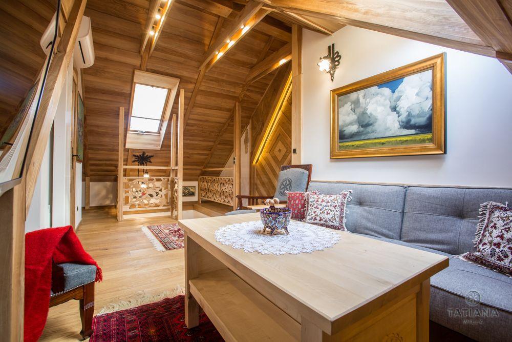 Apartament Tatrzański Willa Tatiana folk salon z akcentem drewnianym