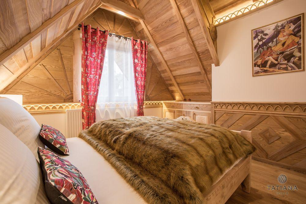Apartament Tatrzański Willa Tatiana folk drewniana sypialnia