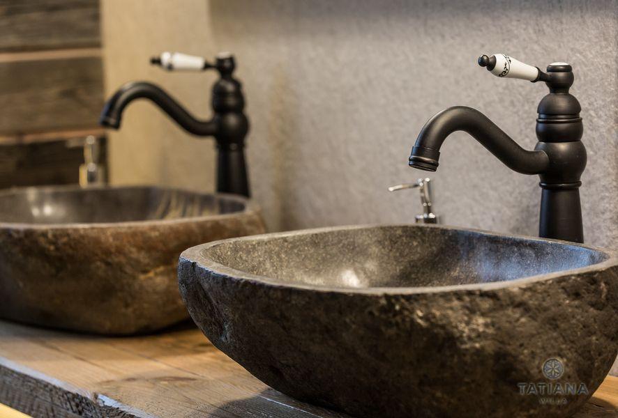 Apartamenty Zakopane Willa Tatiana folk kamienne umywalki