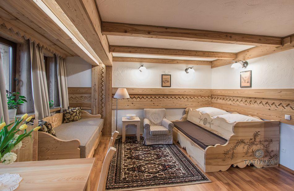 Apartament 2 Tatiana Premium Zakopane salon z akcentem drewnianym