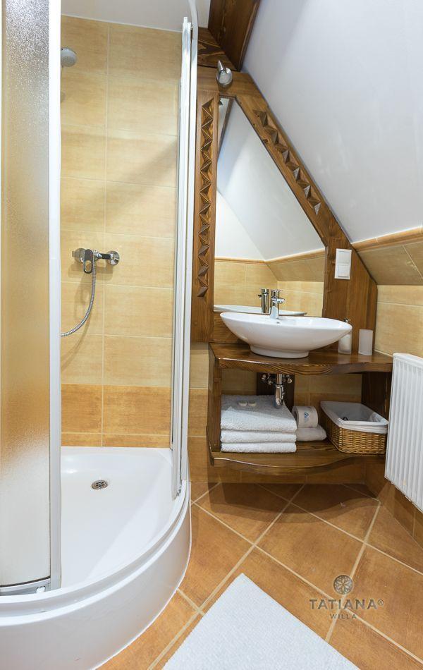 Apartament 6 Tatiana Premium Zakopane łazienka z akcentem drewnianym