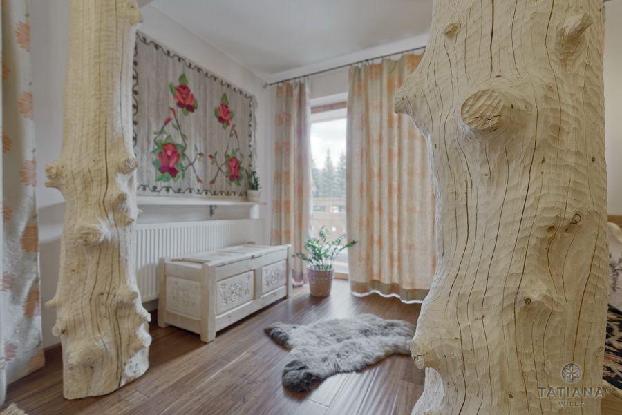 Apartament 11 Willa Tatiana II Zakopane bale w salonie