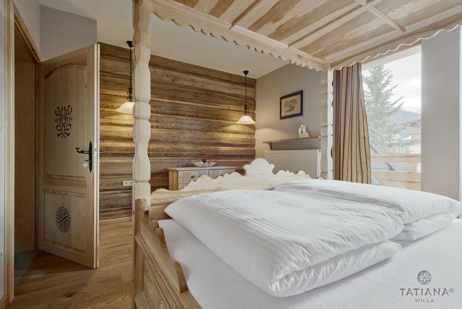 Apartament 14 Willa Tatiana II Zakopane sypialnia w drewnie