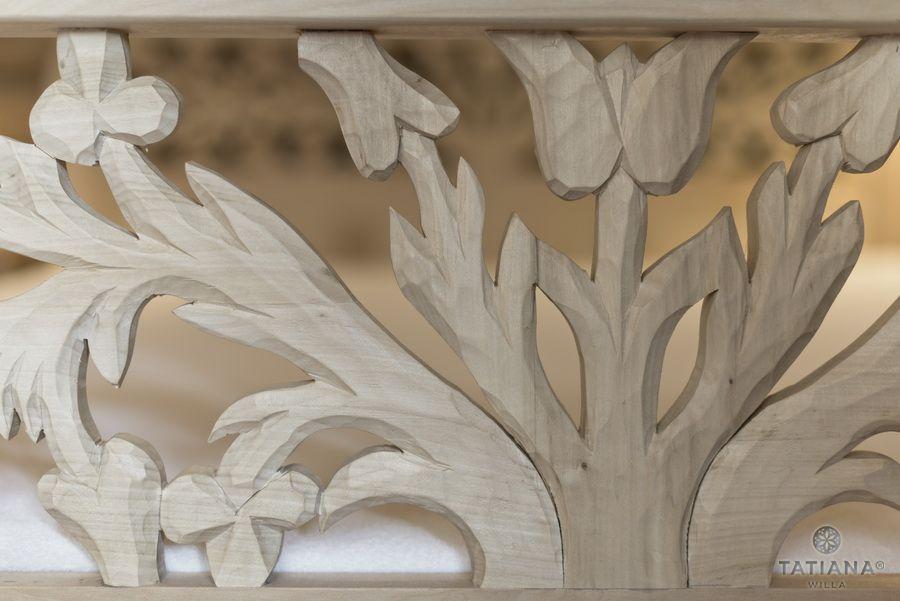 Apartament 15 Willa Tatiana II Zakopane rzeźbiona ramy łóżka w drewnie