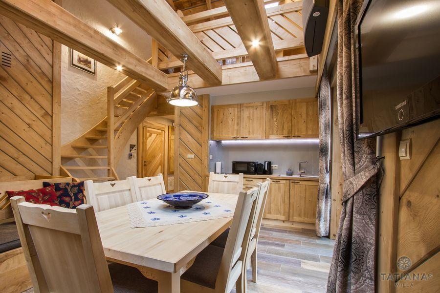 Apartament Smerkowy Willa Tatiana boutique drewniany aneks kuchenny