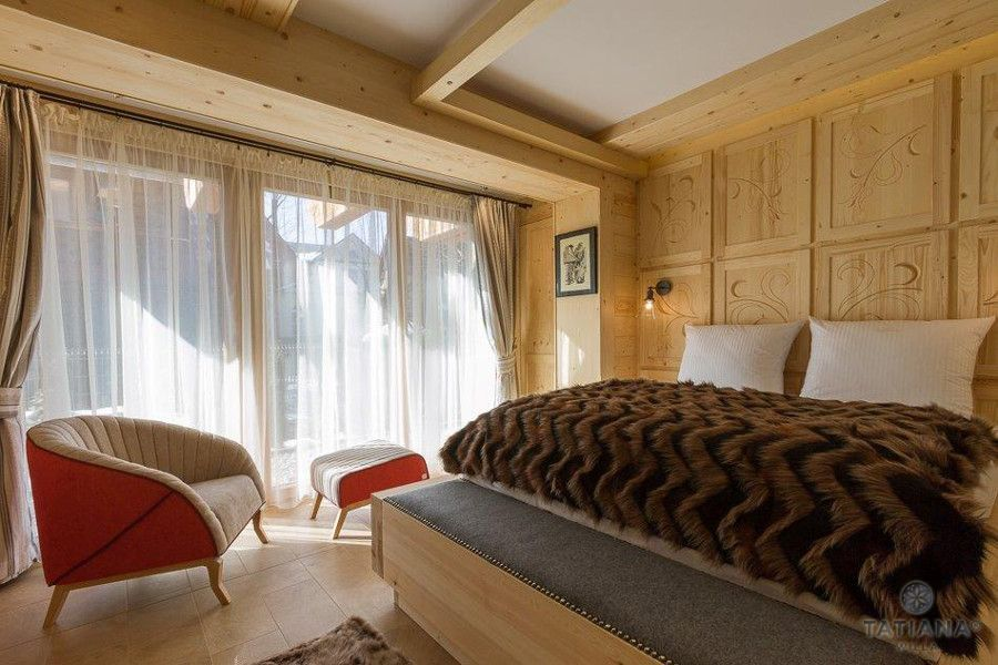 Apartament Sosnowy Willa Tatiana boutique drewniana sypialnia
