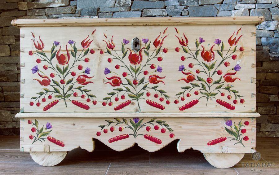 Willa Tatiana boutique kwiaty na drewnie